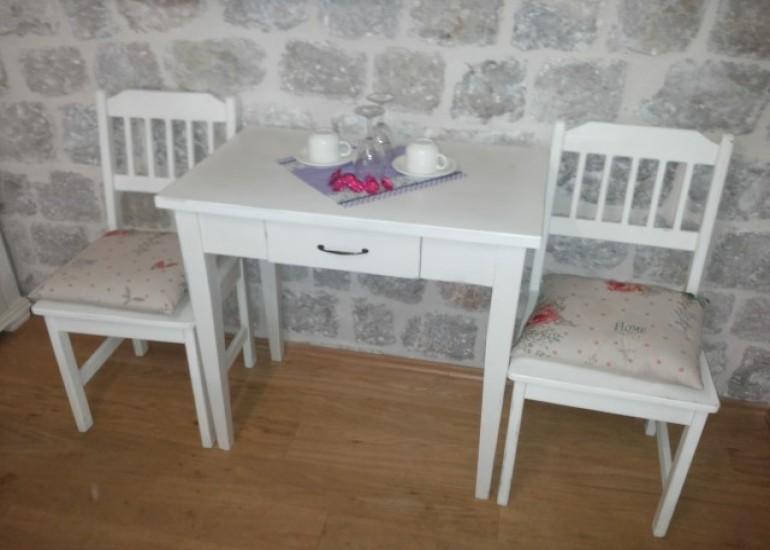 Kuhinjski stol s ladicom(mali)